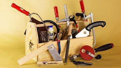 Der Werkzeugkasten mit Kinderwerkzeug